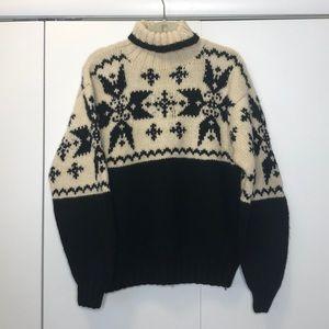 Banana republic thick wool snowflake sweater